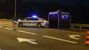 ניידת משטרה,כביש