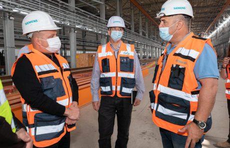 המהפכה החשמלית העולמית מגיעה לאשקלון: מפעל ׳סימנס׳ לתחזוקת רכבות חשמליות מוקם בעיר