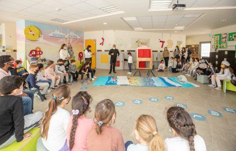 ראש העיר סייר בקייטנות פסח: למעלה מ-7,800 ילדות וילדים משתתפים בקייטנות בגני הילדים ובבתי הספר