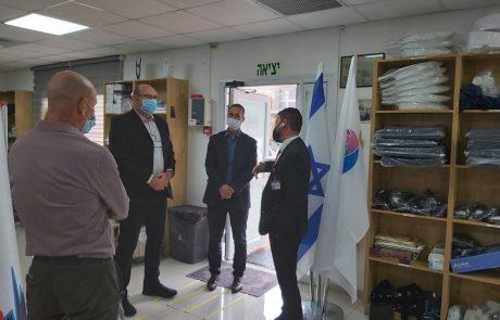 ביקור מנהל בית החולים ברזילי יחד עם צמרת ההנהלה במשרדי ארגון הסעד הרפואי הגדול באשקלון , אגודת נר דוד אבי ..