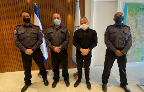 """ראש העיר ומפקד מחוז דרום בכבאות והצלה ישראל נפגשו; """"נמשיך לשתף פעולה למען ביטחונם של תושבי העיר"""""""
