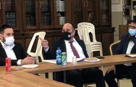 """ח""""כ יעקב מרגי וחבר המועצה חי דהרי הגיעו לביקור במוסדות חב""""ד"""