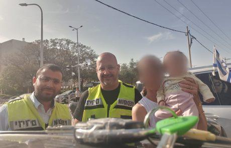 תינוקת כבת חצי שנה חולצה ע״י מתנדבי ידידים לאחר שננעלה ברכב