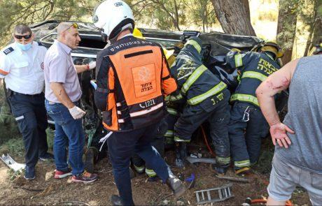 פצועה בינוני ופצוע קל עד בינוני בתאונה בצומת זיקים