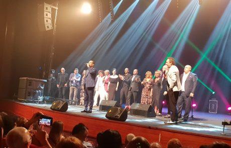 קקולי שר עם חברים – מופע הפתיחה הענק של סיעת 'יד ביד'