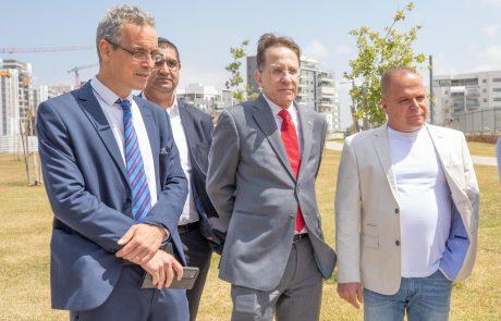 """מנכ""""ל משרד ראש הממשלה בביקור באשקלון: """"נמשיך לסייע ככל שיידרש"""""""
