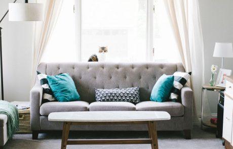 """תושבת אשקלון תבעה חברת רהיטים מקומית בעקבות חוסר של 6 ס""""מ (לטענתה) באורך הספה, איך זה נגמר?:"""